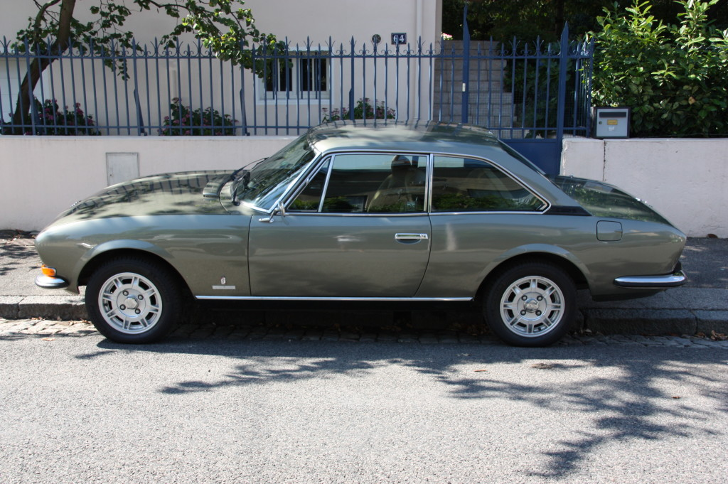 Peugeot 504 coup voitures vintage for Interieur 504 coupe
